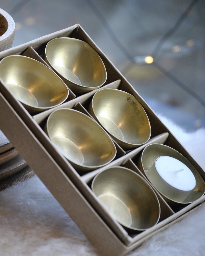 egg candle stand