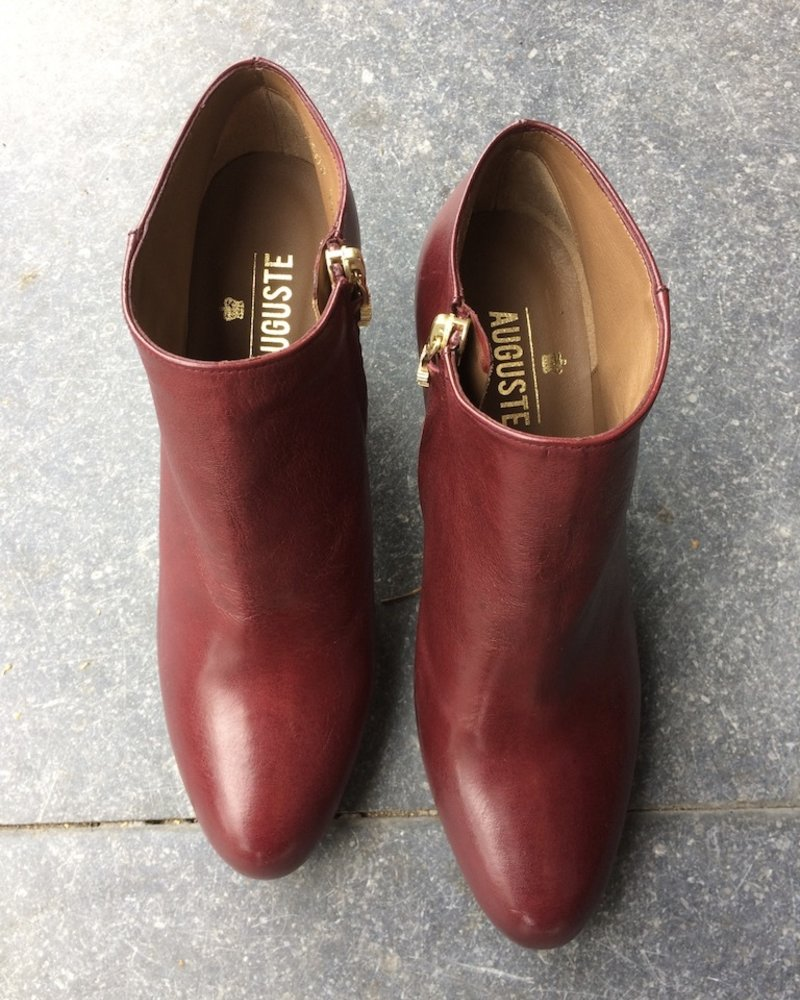 Boots rood