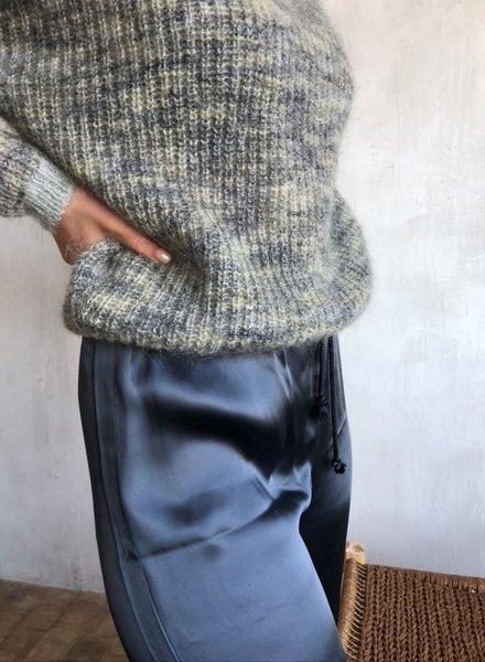 Pomandere knit 8279