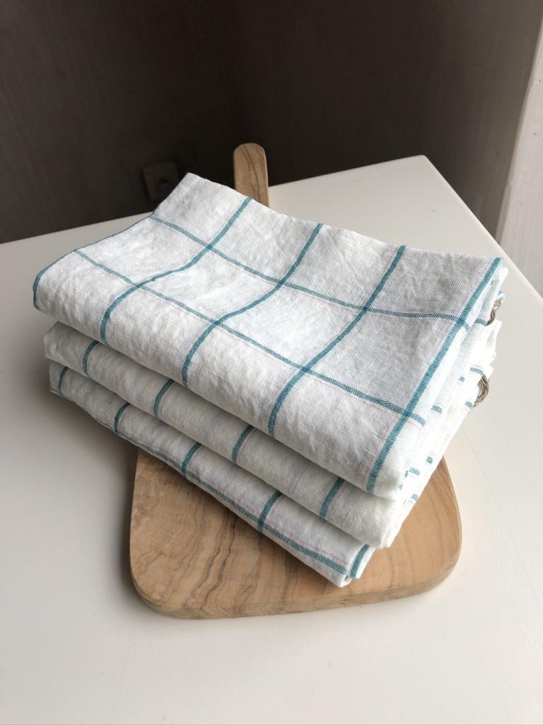 towel green squares-3