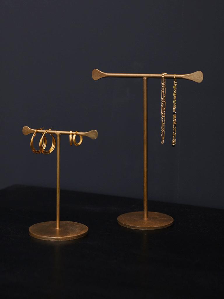 jewellery stand-1