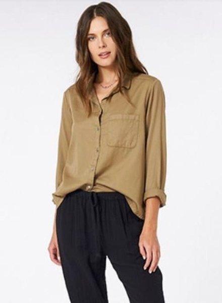 Xirena blaine shirt khaki