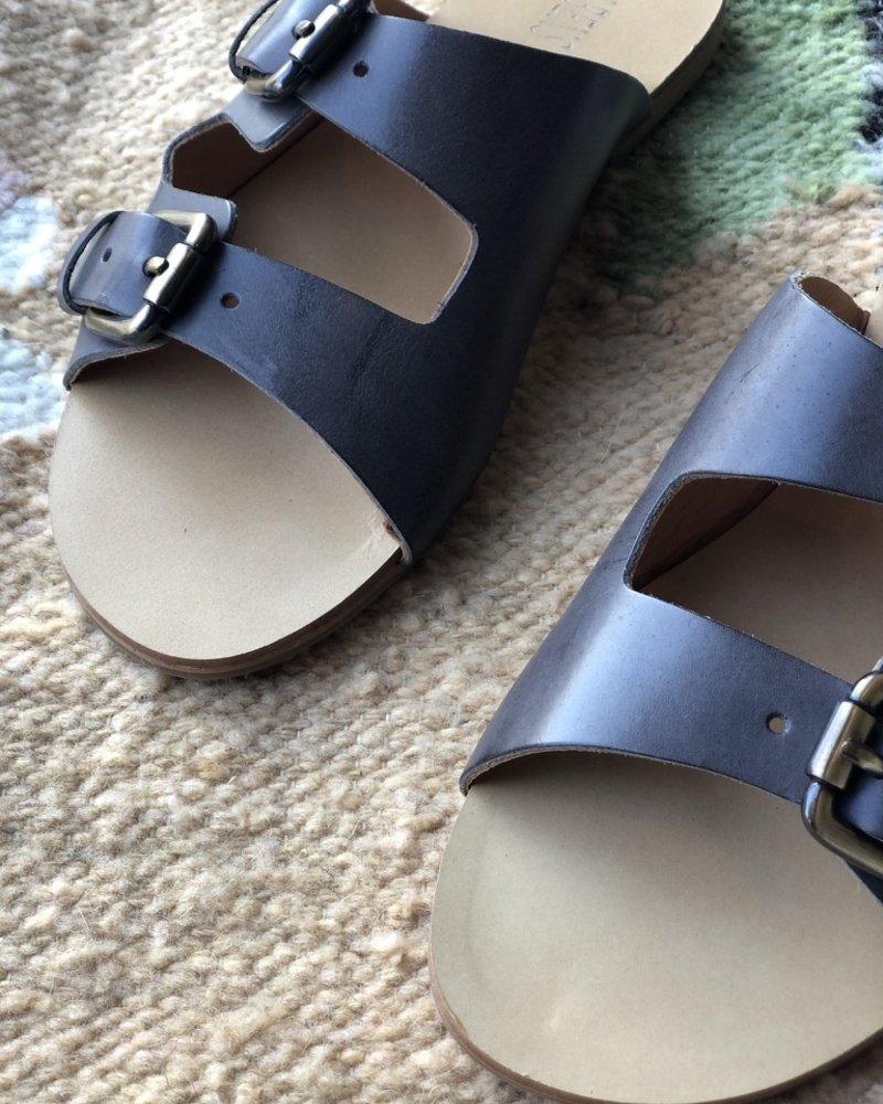 Rabens saloner buckle sandal