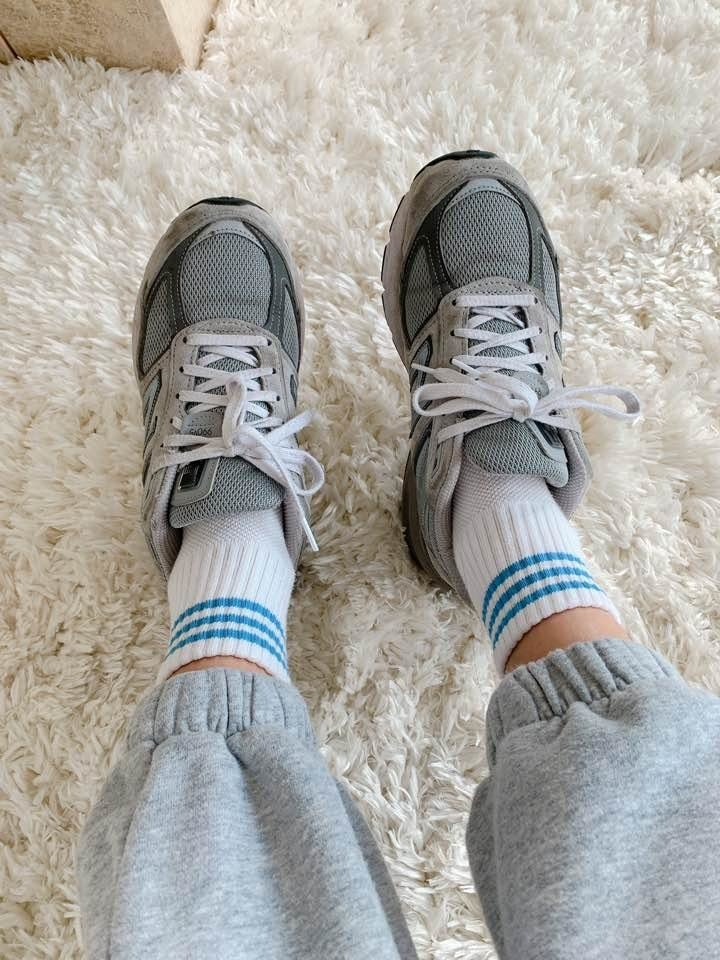 girlfriend socks-1