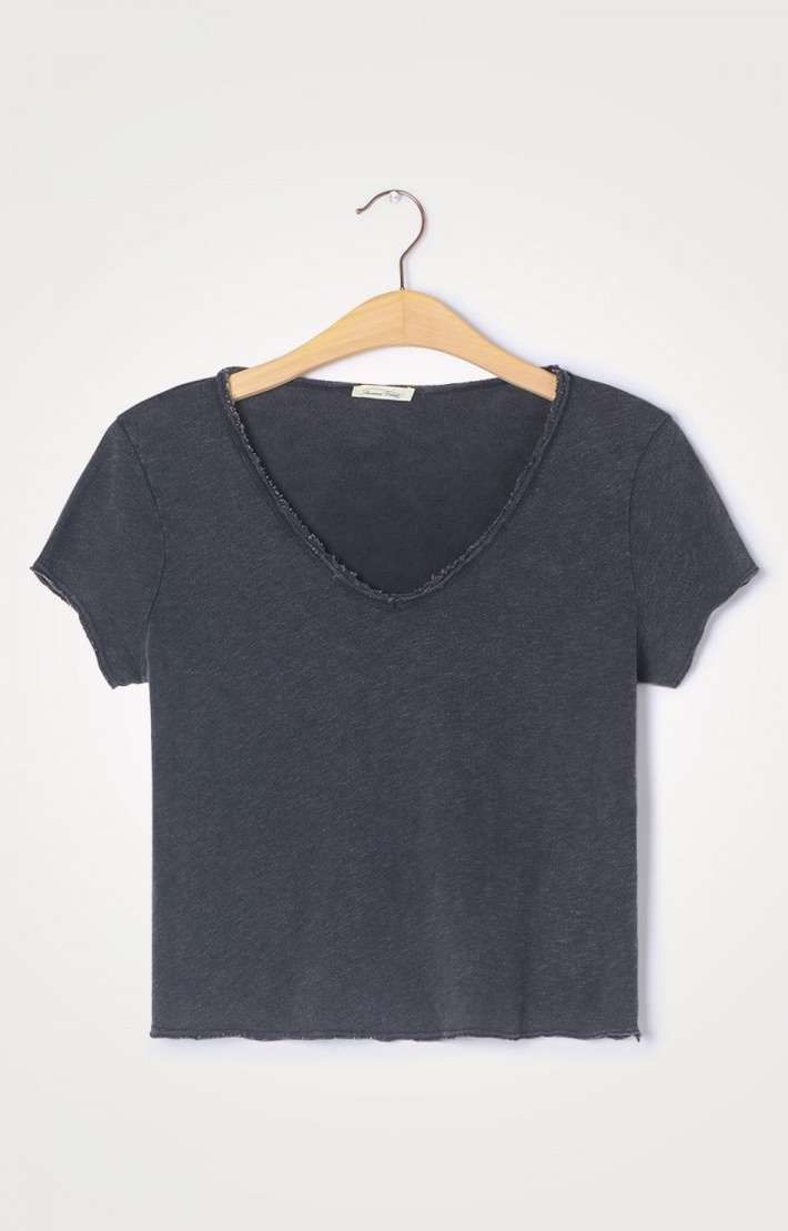 t-shirt son col v noir-1