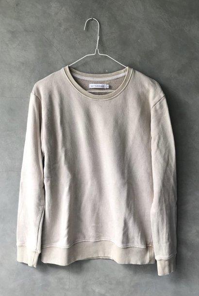 panas sweater