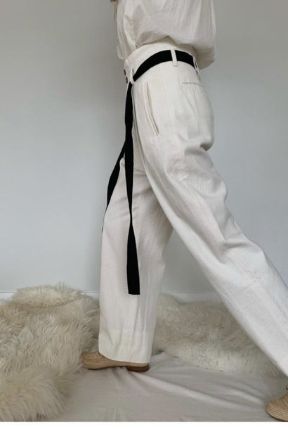 peter off white