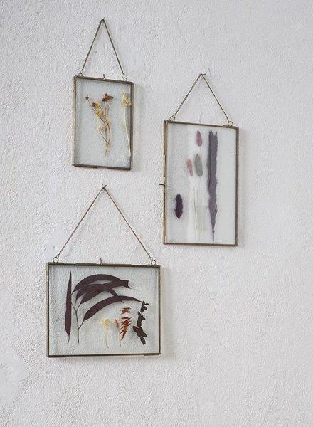 Madam Stoltz hanging photo frame