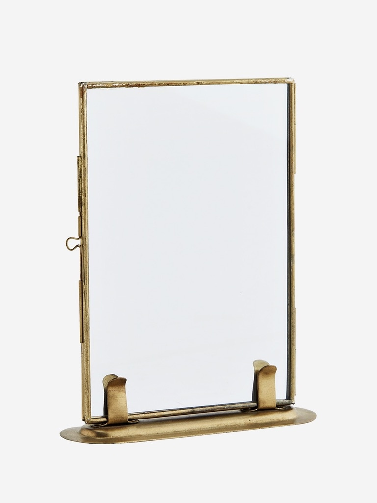 photo frame on stand-1