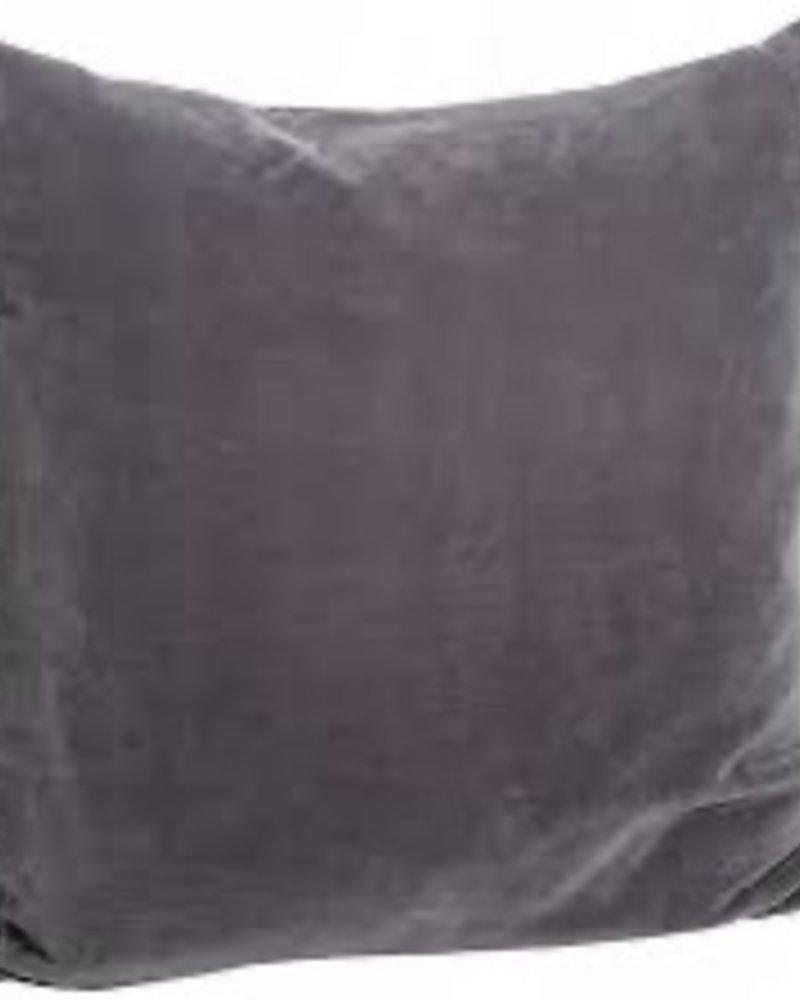 Madam Stoltz velvet cushion