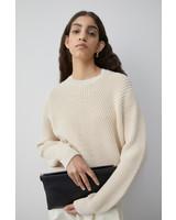 Closed knit almond