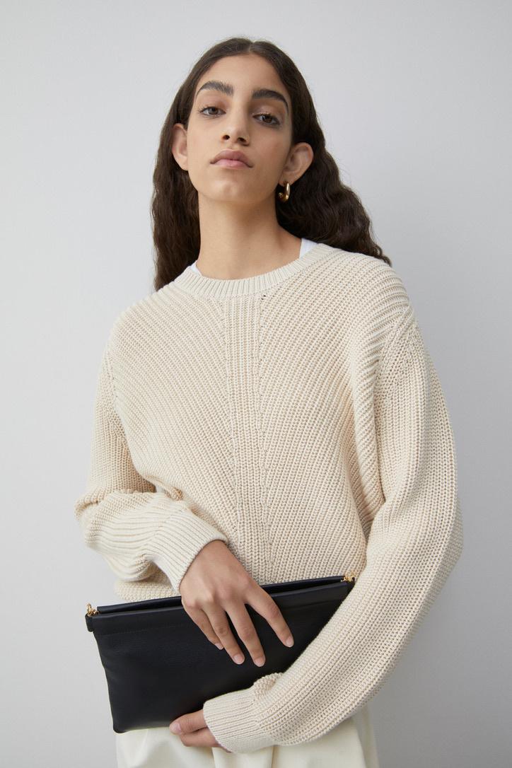 knit almond-1