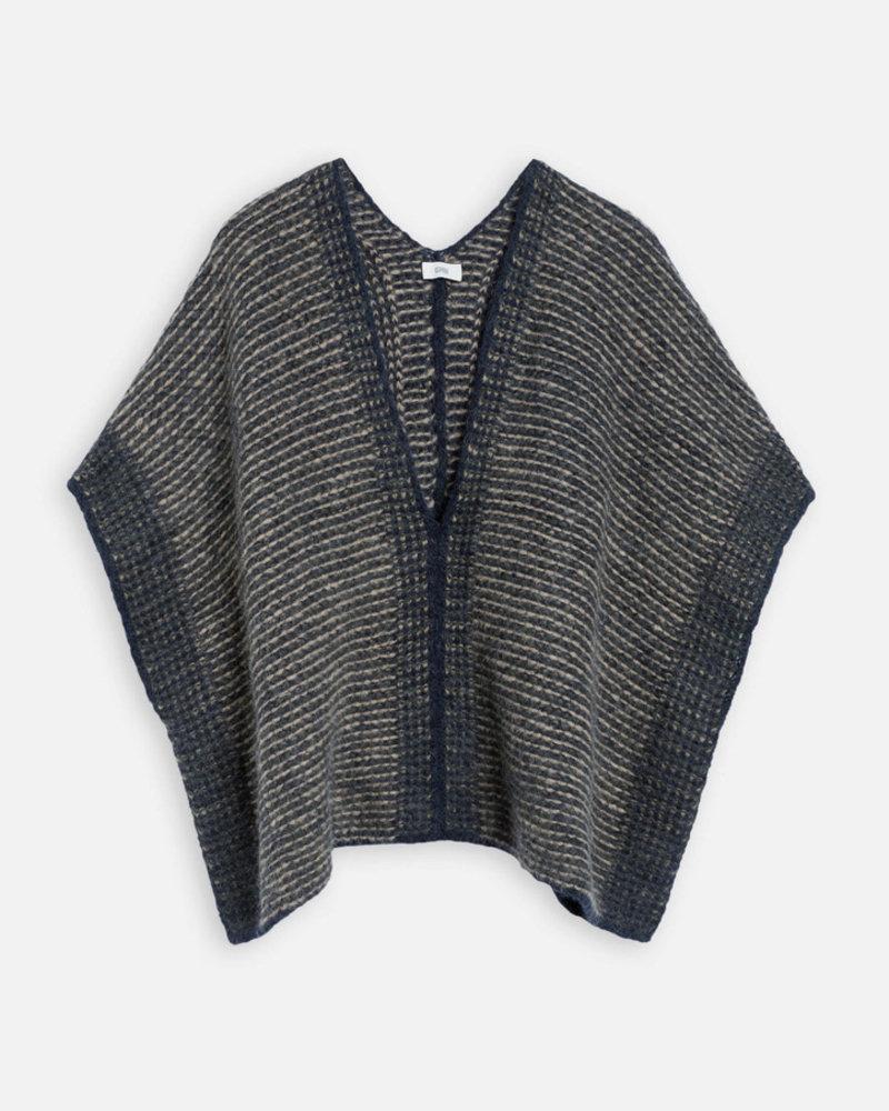 Closed knit dark night