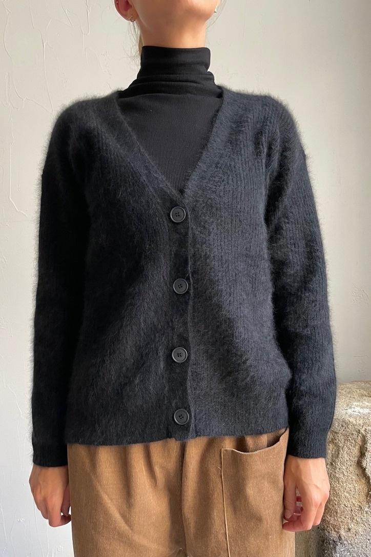 cardigan v-neck black-1