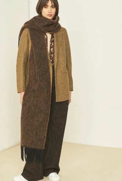 scarf laon brown