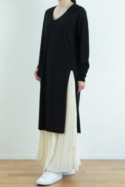 v-neck tunic black