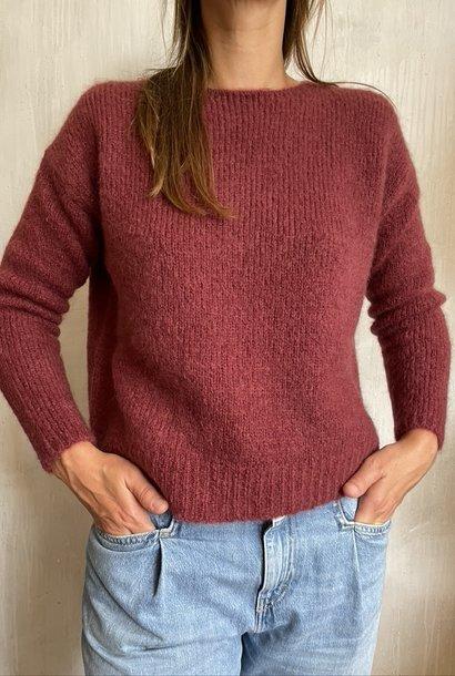 knit 8299 aubergine