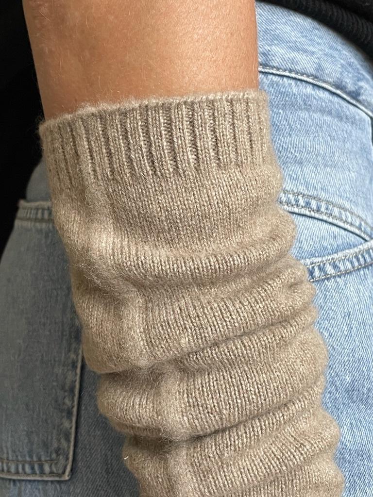 arm warmer beige-2