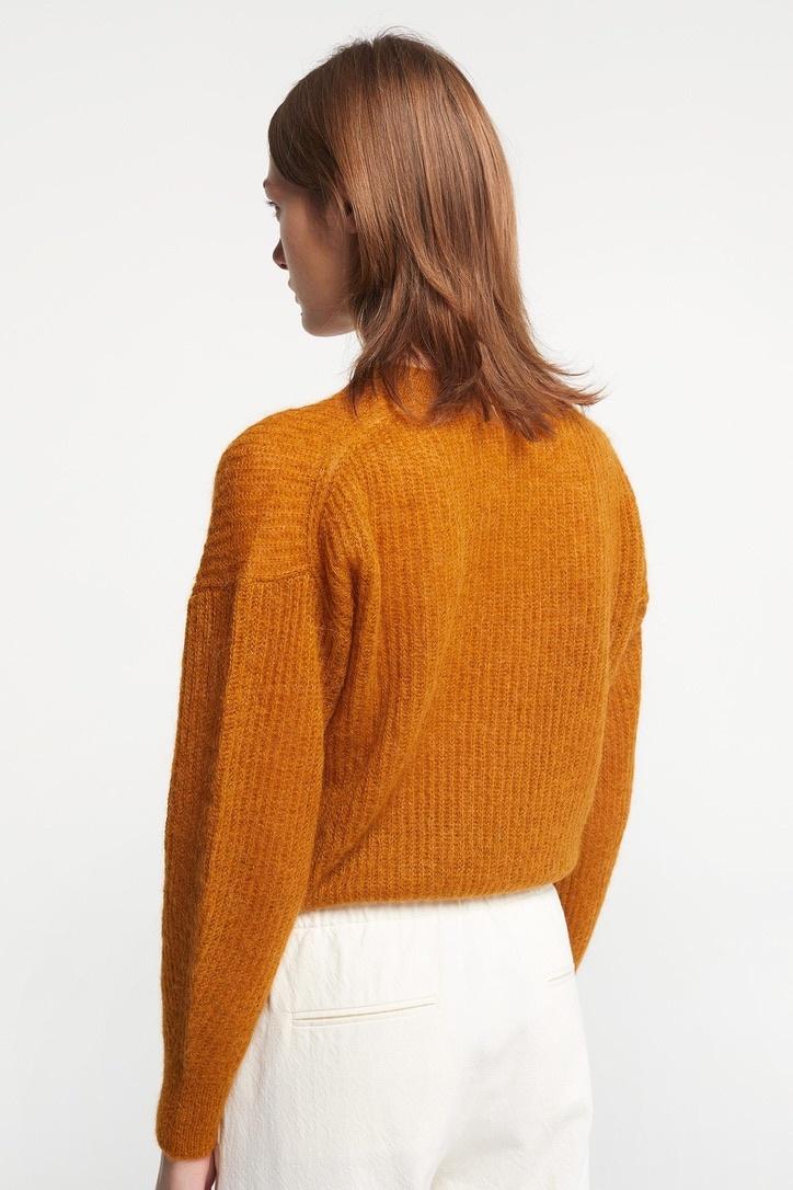 knit 8296 ocre-7