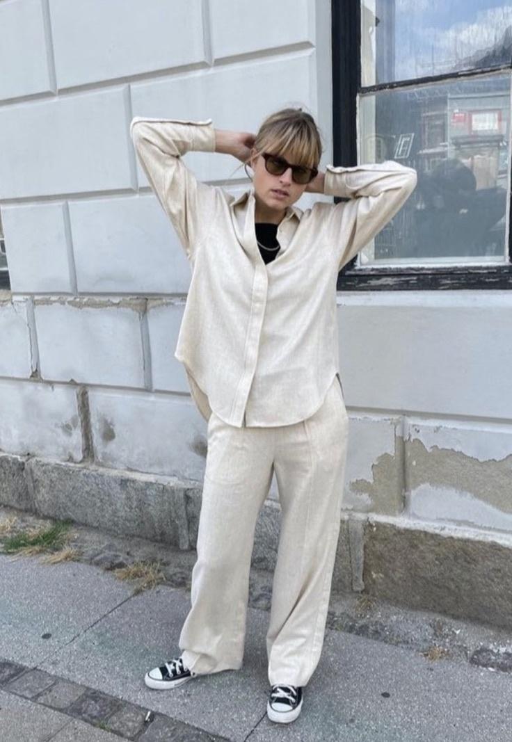 line pants-1