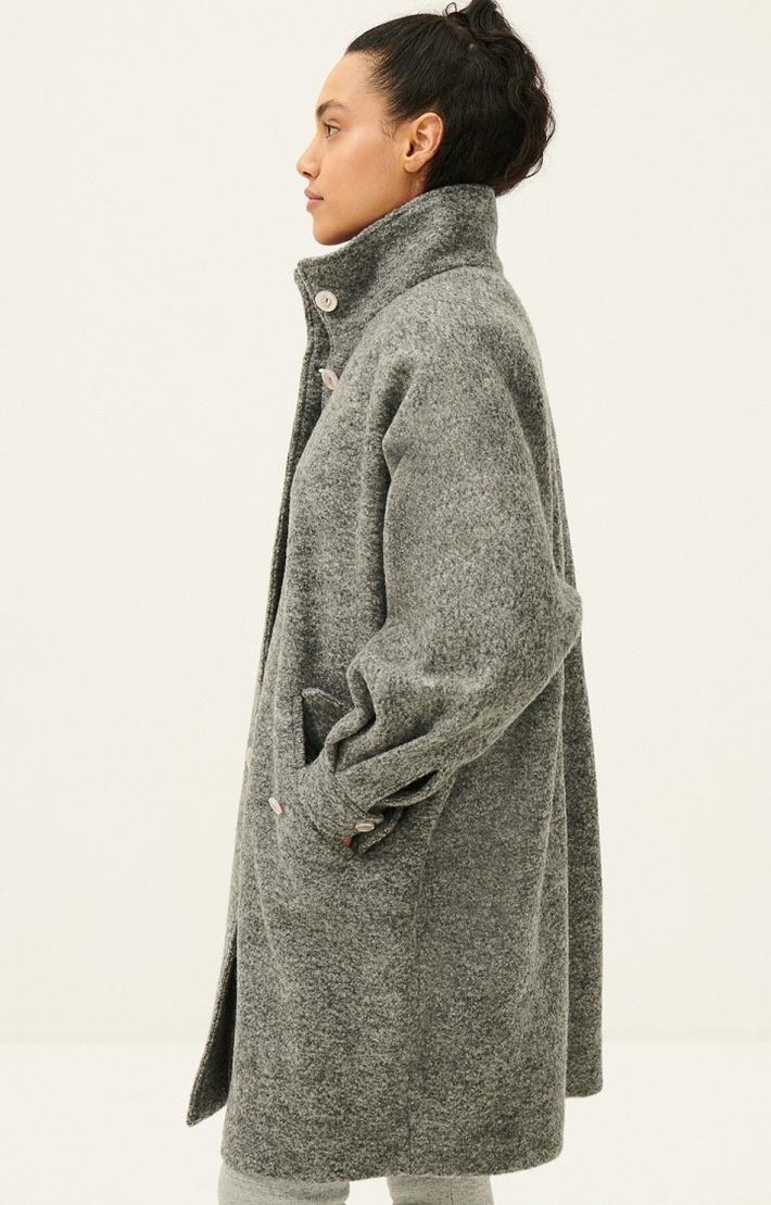 coat AZI17-4