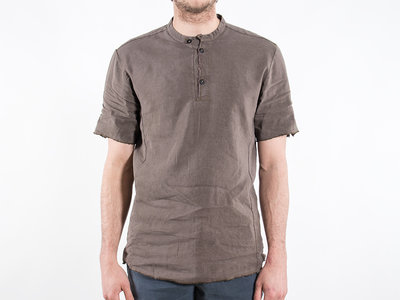 Hannes Roether Hannes Roether T-shirt / Mops / Bruin
