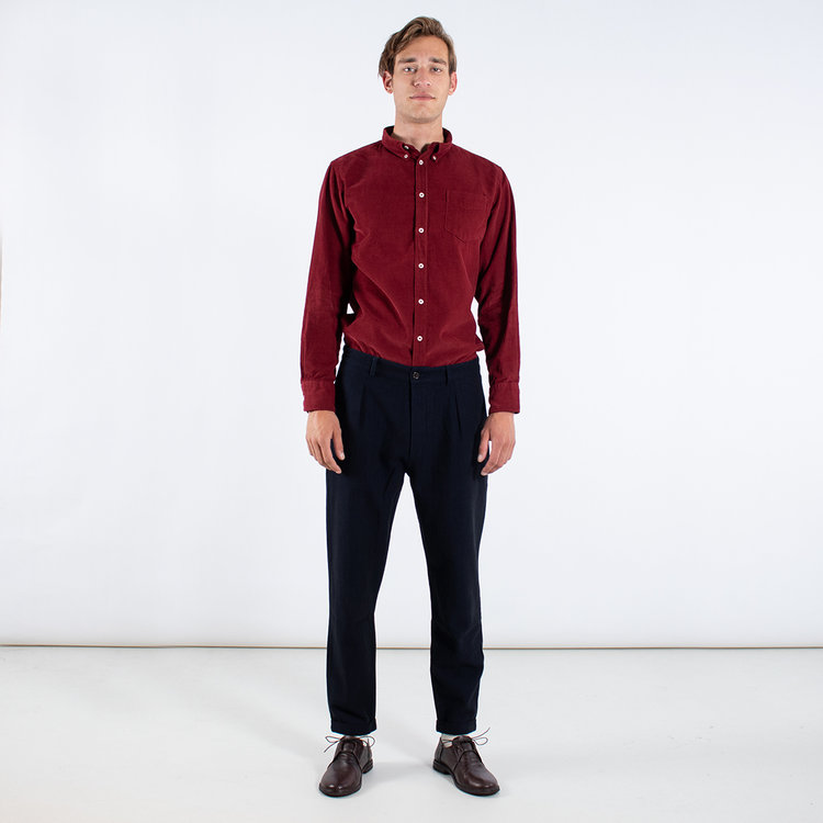 Universal Works Universal Works Trousers / Pleated Pant / Indigo