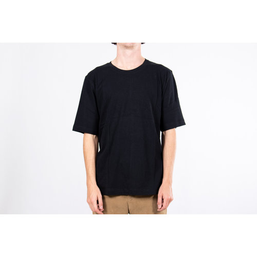 Resteröds Resterods T-shirt / Mid Sleeve Solid / Zwart