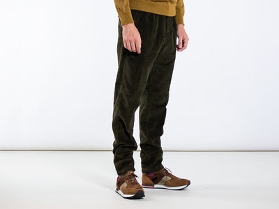 Homecore Homecore Trousers / Orel Cord / D. Green