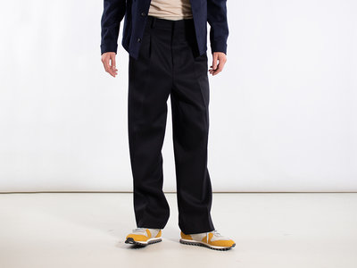 Ami Ami Trousers / H19T400242 / Navy
