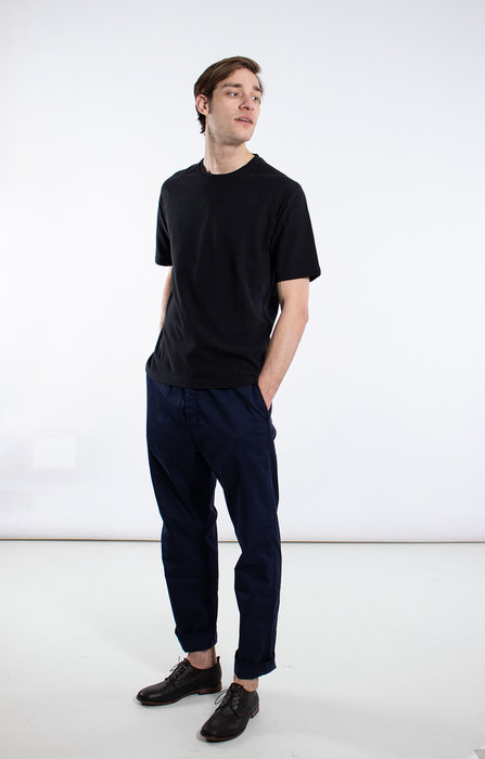 7d 7d T-Shirt / Seventy-Two / Black