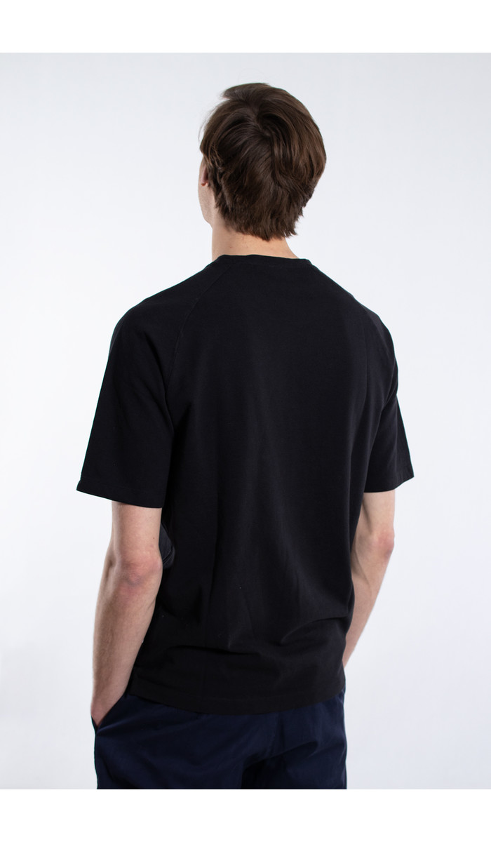 7d 7d T-Shirt / Seventy-Two / Black