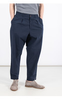 Universal Works Trousers / Pleated Track / Navy