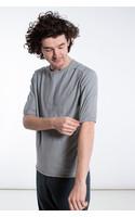 Hannes Roether T-Shirt / Fjonn / Grijs