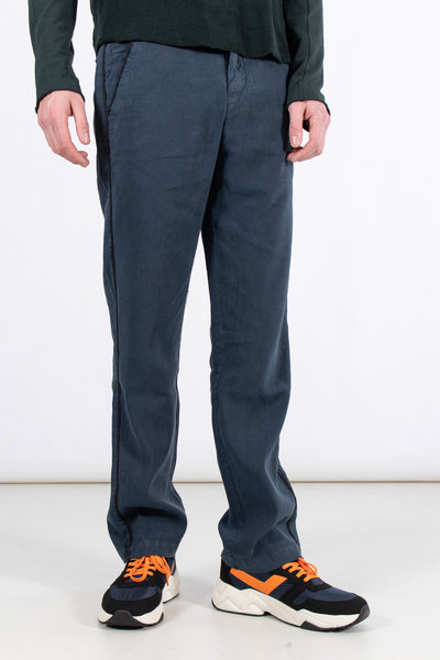 Hannes Roether Hannes Roether Trousers / Taler / Blue