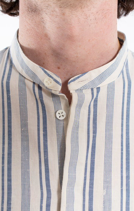 Delikatessen Delikatessen Shirt / Mao Collar Shirt / White Blue