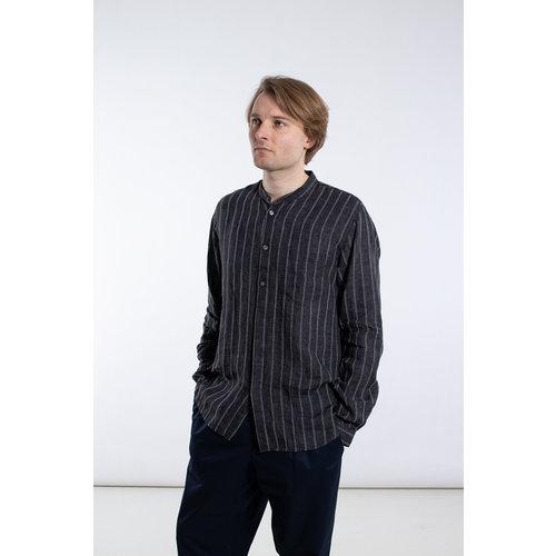 Delikatessen Delikatessen Overhemd / Mao Collar Shirt / Zwart