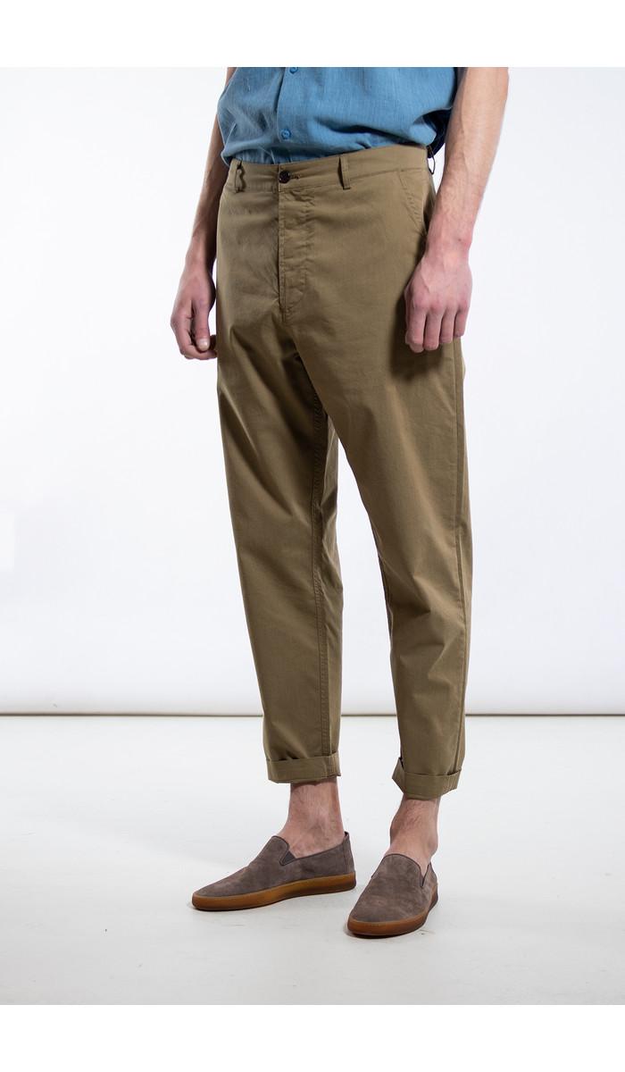Universal Works Universal Works Trousers / Military Chino / Khaki