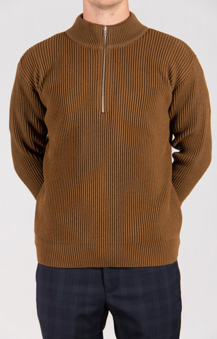 S.N.S. Herning S.N.S. Herning Sweater / Fender S. Zip / Gold Brown
