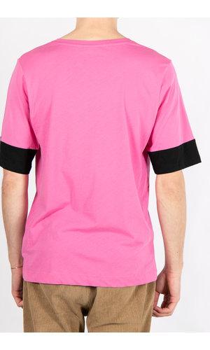 Dries van Noten Dries van Noten T-Shirt / V-Hals / Pink