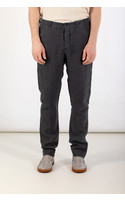 Hannes Roether Trousers / Track / Grey
