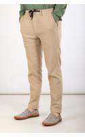 Yoost Trousers / Mr. Casual / Beige