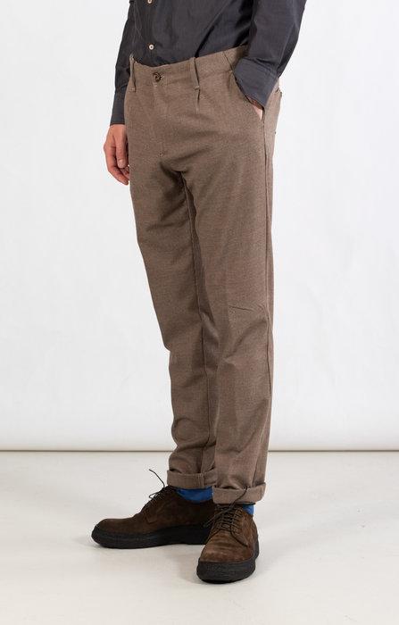 Myths Myths Trousers / 21WM09L17 / Brownish
