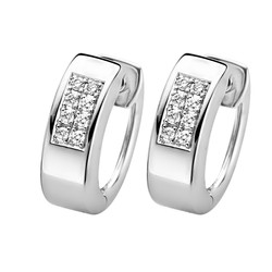 ROOS1835 027BE10W18 Creolen Witgoud 18krt. Pave gezette diamanten 0.10 crt. G/VSI.