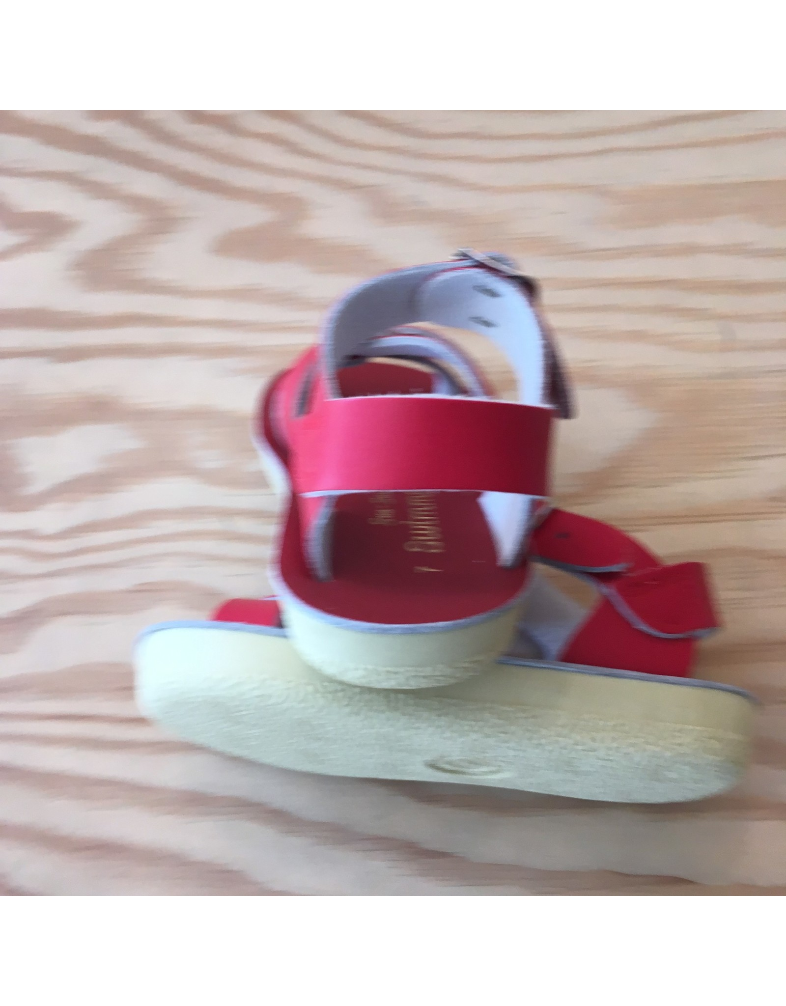 SALT-WATER SANDALS CLASSICS! SALT-WATER SANDALS SWIMMER RED