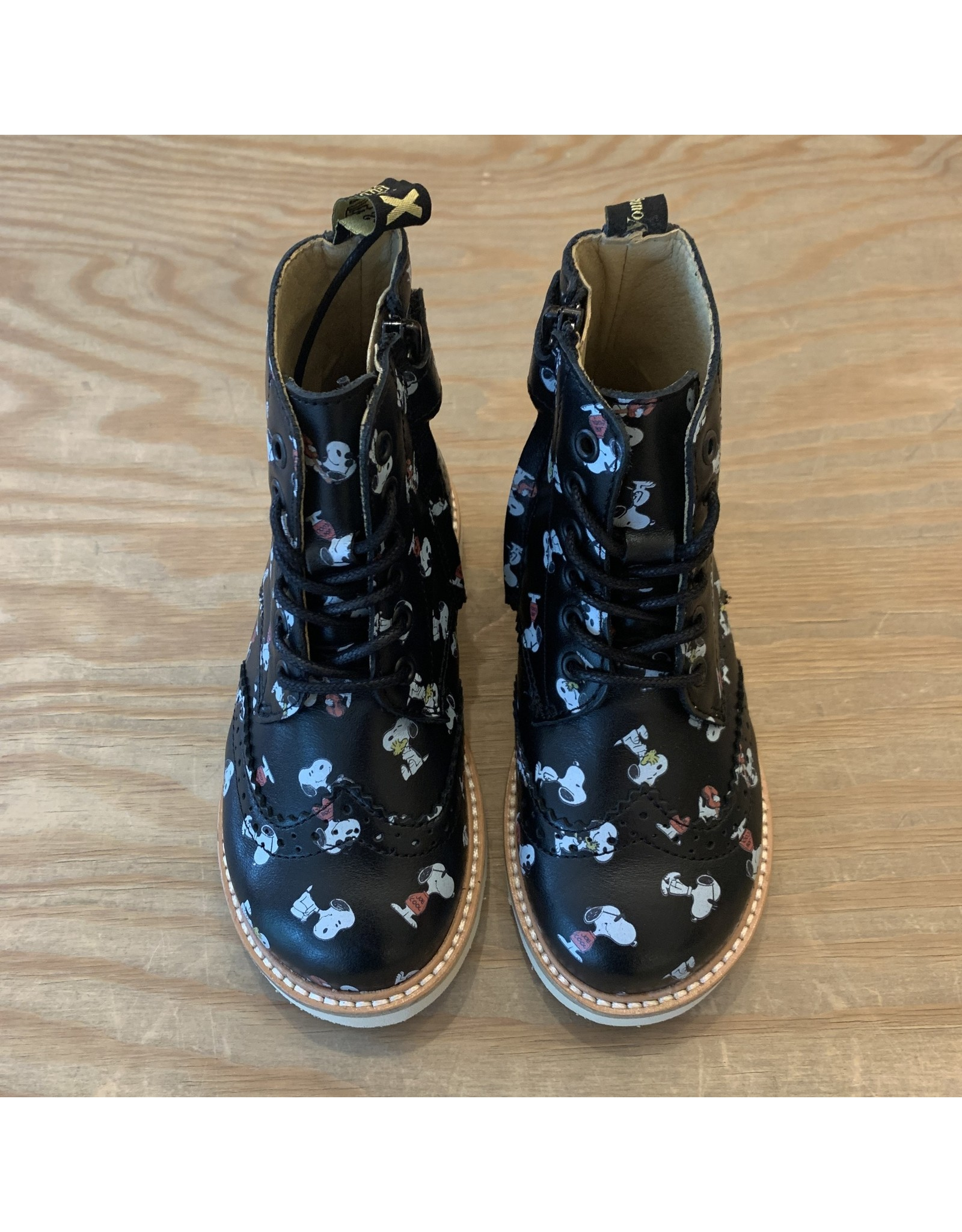 YOUNG SOLES YOUNG SOLES SIDNEY PRINTED SNOOPY BLACK