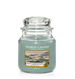 Yankee Yankee Jar Candle - Medium Misty Mountains