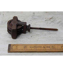 Cottingham Collection Double Screw in Pulley cast iron