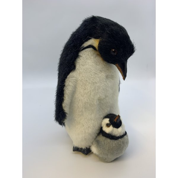 Penguin with soft (fake fur) finish