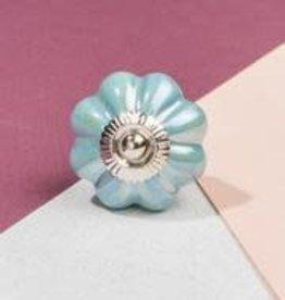 Ian Snow Aqua Pearlescent Flower Knob